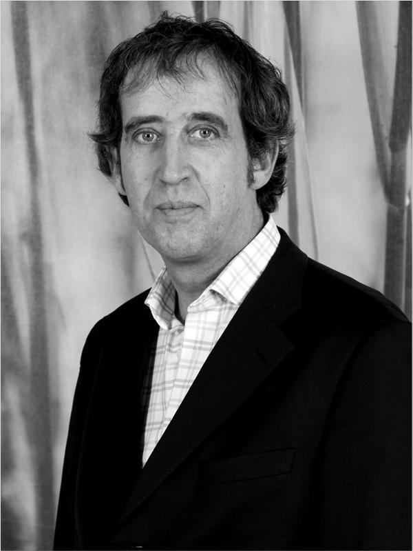 1986: Jan van Tienhoven nimmt seine Tätigkeit im Unternehmen auf